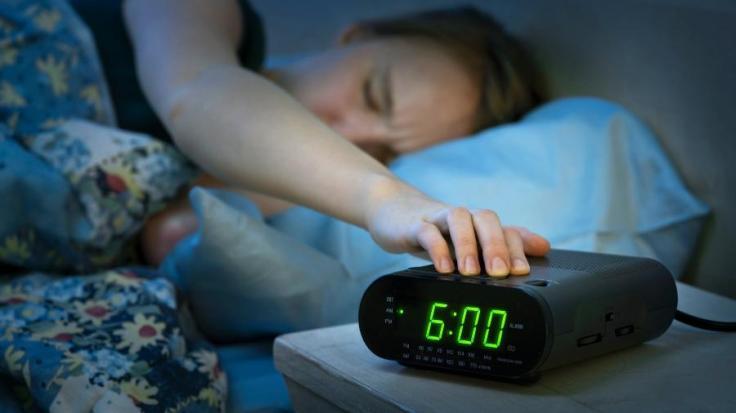 despertador-acordar-cedo-1487102984304_v2_900x506