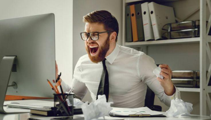 estresse-raiva-trabalho-0317-1400x800
